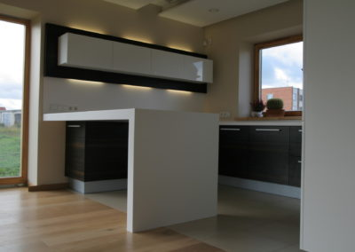 virtuves-baldai-baltas-akmuo (10)