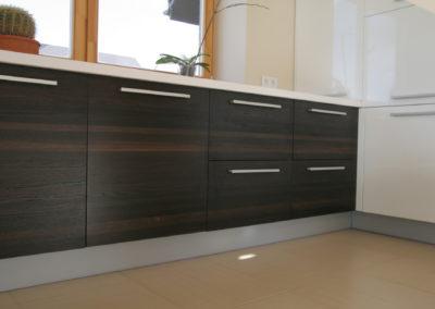 virtuves-baldai-baltas-akmuo (13)
