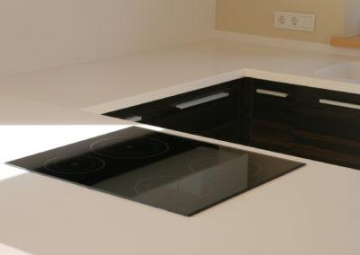 virtuves-baldai-baltas-akmuo (2)