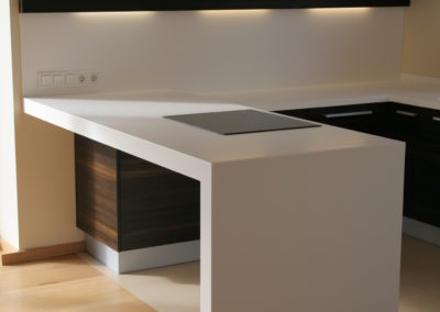 virtuves-baldai-baltas-akmuo (5)