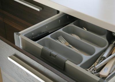virtuves-baldai-baltas-akmuo (9)