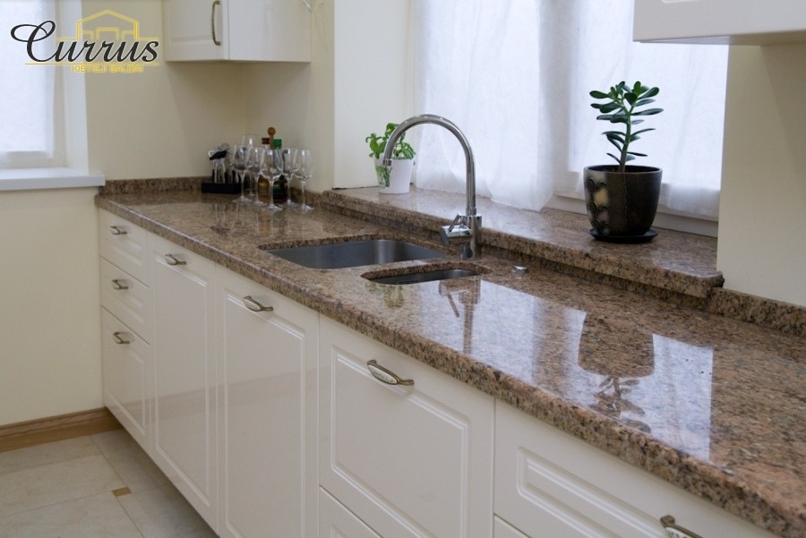 virtuvė interjeras baldai